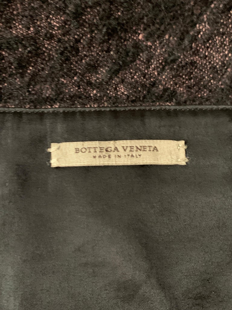 2009 Runway Bottega Veneta Black and Pink Strapless Mohair Boucle Dress For Sale 3