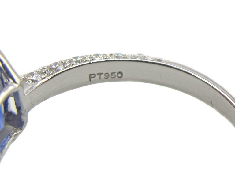 Contemporary 2.01 Carat Cushion Cut Natural Ceylon Sapphire Diamond Platinum Engagement Ring For Sale