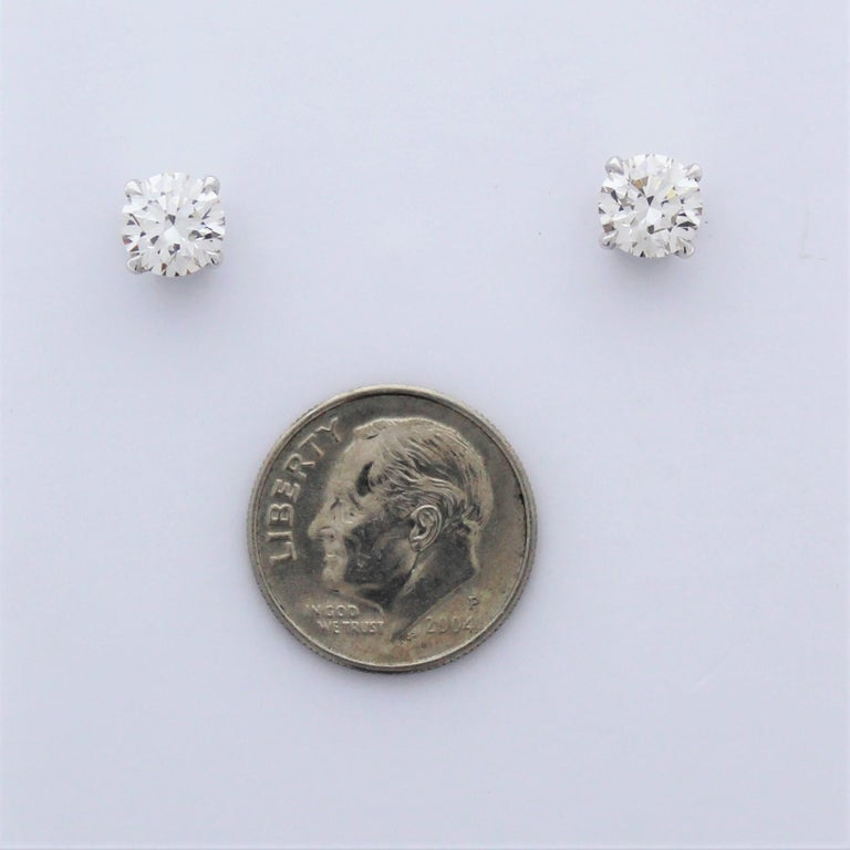 Contemporary 2.01 Carat Total Diamond Stud Earrings in 14 Karat White Gold For Sale