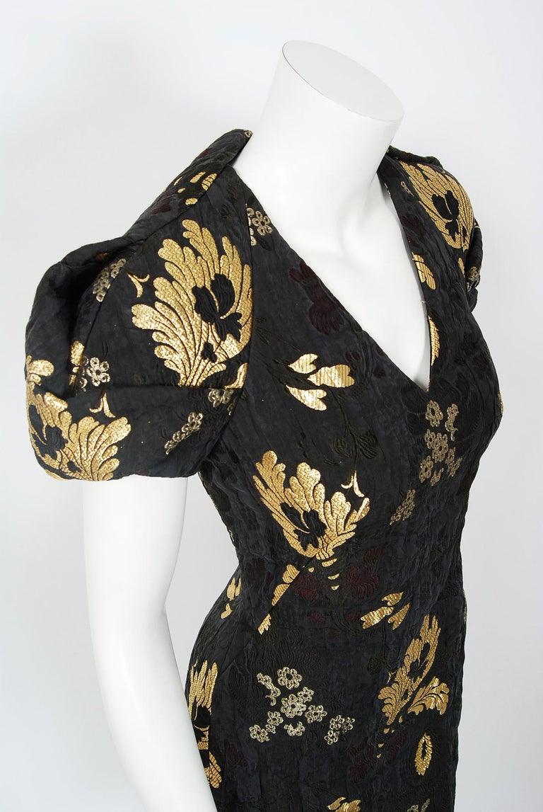 2010 Alexander McQueen Final Runway Collection Metallic-Gold Black Brocade Dress In Excellent Condition In Beverly Hills, CA