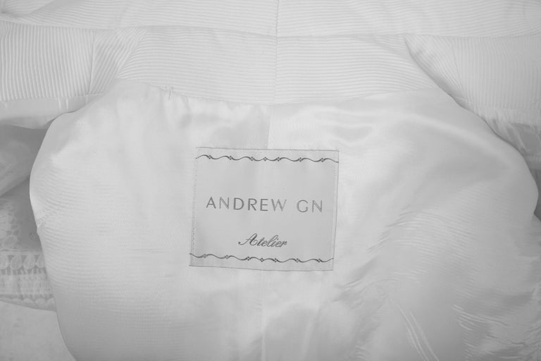2010 Andrew Gn Atelier White Lace Long Sleeved Jacket Coat For Sale 1