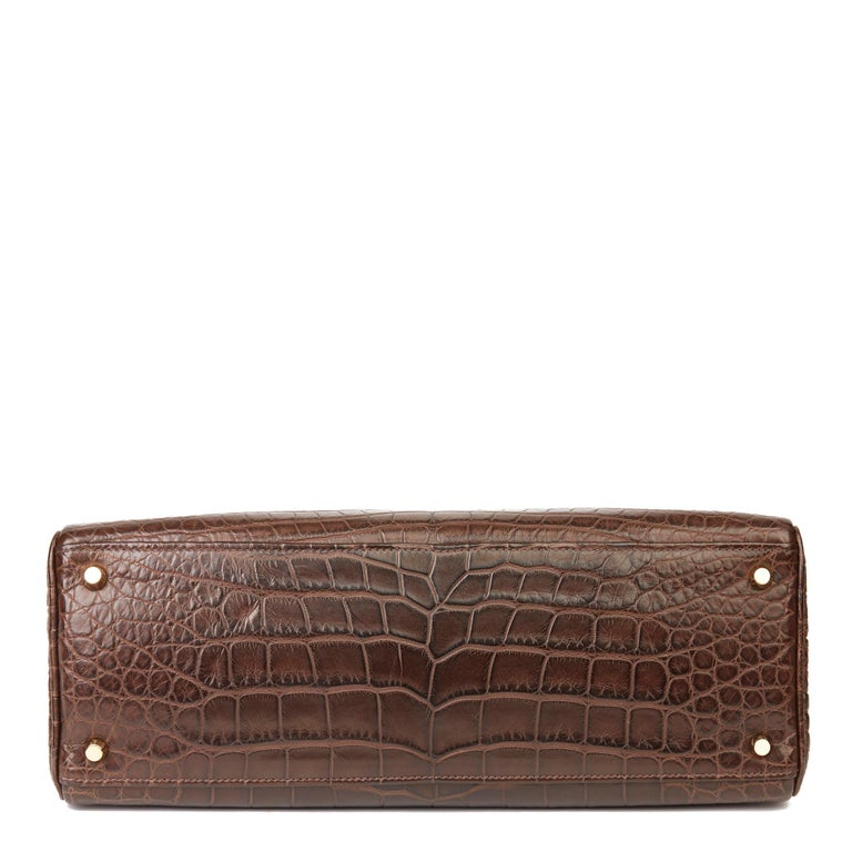 2010 Hermès Chocolate Brown Matte Mississippiensis Alligator Leather Kelly 35cm For Sale 2