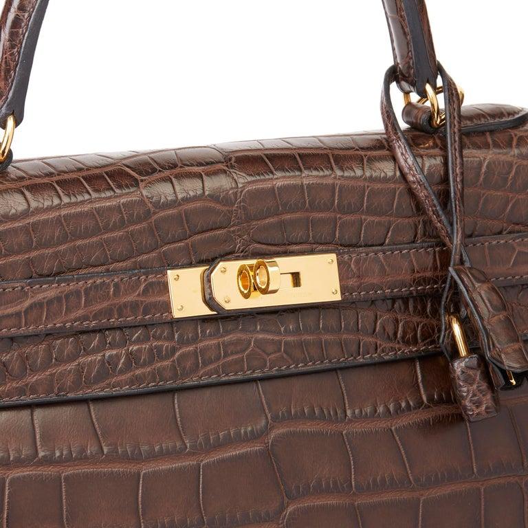 2010 Hermès Chocolate Brown Matte Mississippiensis Alligator Leather Kelly 35cm For Sale 3