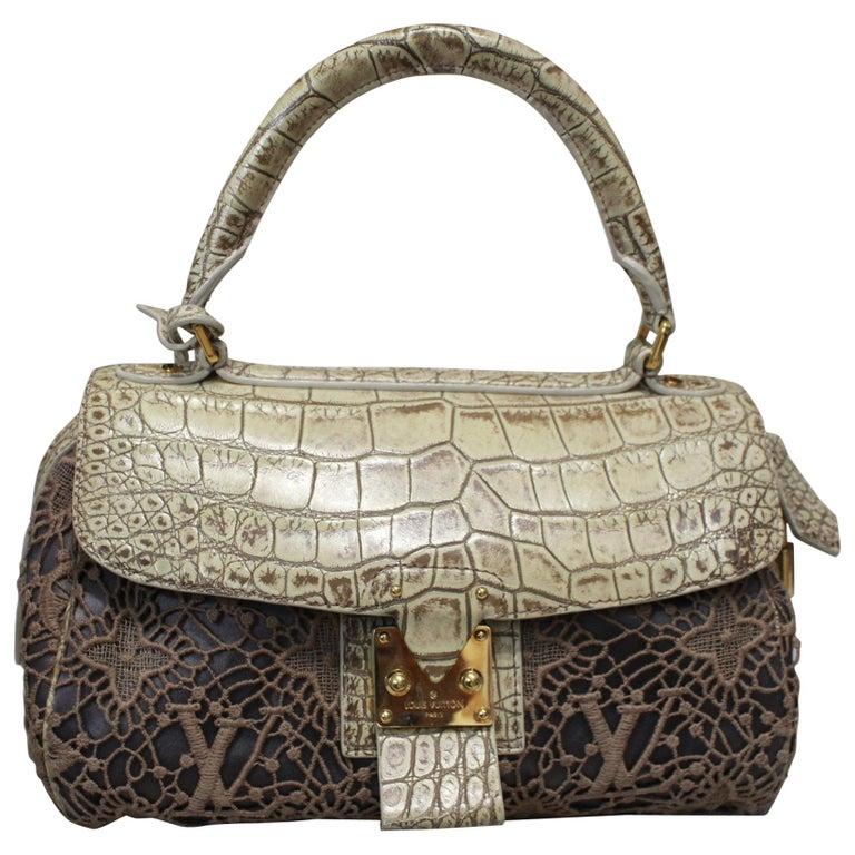 f9a5ed4b4a76 2010 Louis Vuitton Speedy Monogram Guipure Carrousel Bag For Sale at ...