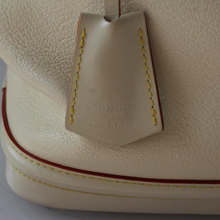Women's 2010 Louis Vuitton White Handbag For Sale