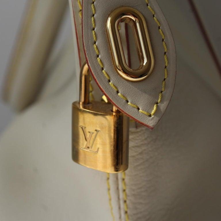 2010 Louis Vuitton White Handbag For Sale 1
