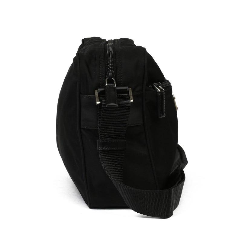 2010 Prada Black Nylon & Calfskin Leather Camera Bag For Sale 6