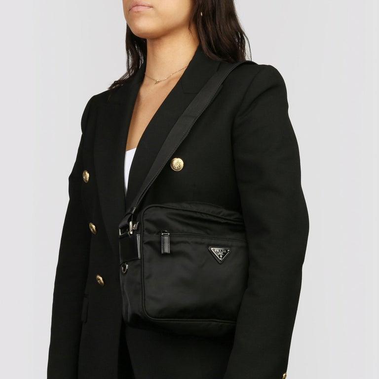 2010 Prada Black Nylon & Calfskin Leather Camera Bag For Sale 4