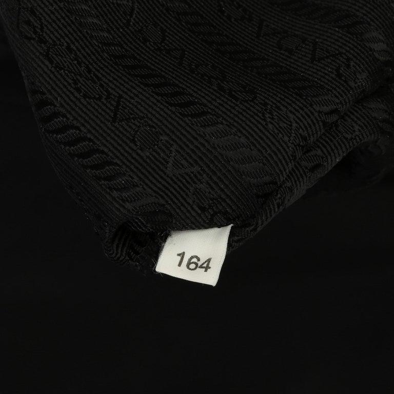 2010 Prada Black Nylon & Calfskin Leather Medium Shoulder Bag For Sale 6
