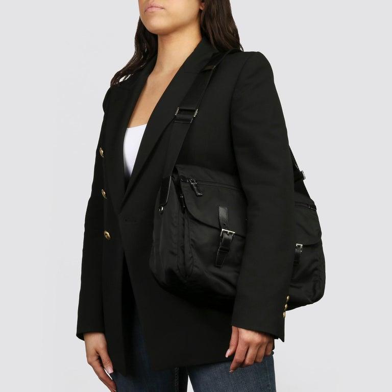 2010 Prada Black Nylon & Calfskin Leather Medium Shoulder Bag For Sale 8
