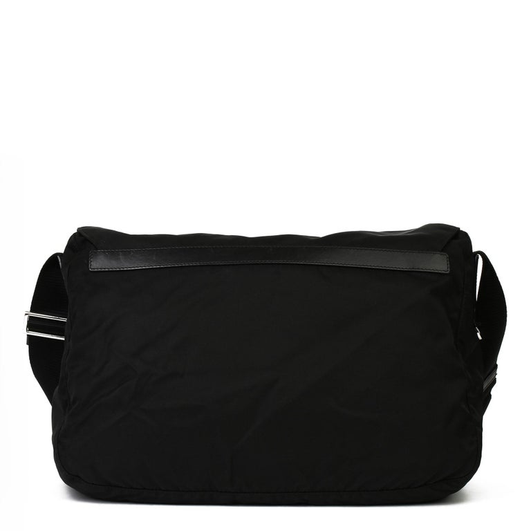 2010 Prada Black Nylon & Calfskin Leather Medium Shoulder Bag For Sale 1
