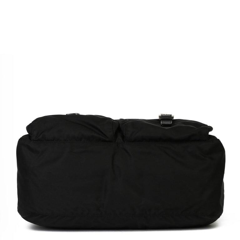 2010 Prada Black Nylon & Calfskin Leather Medium Shoulder Bag For Sale 2