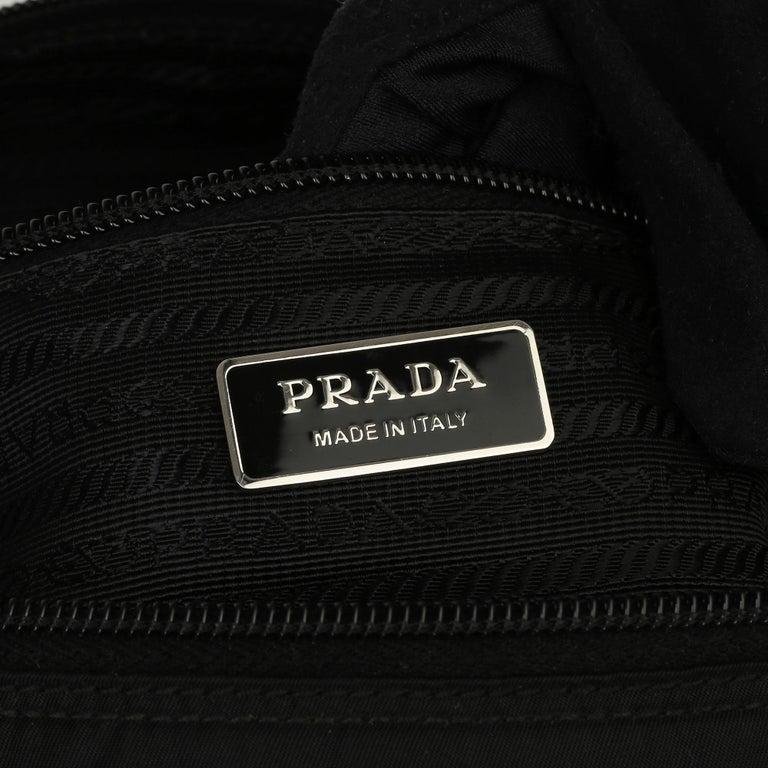 2010 Prada Black Nylon & Calfskin Leather Medium Shoulder Bag For Sale 5