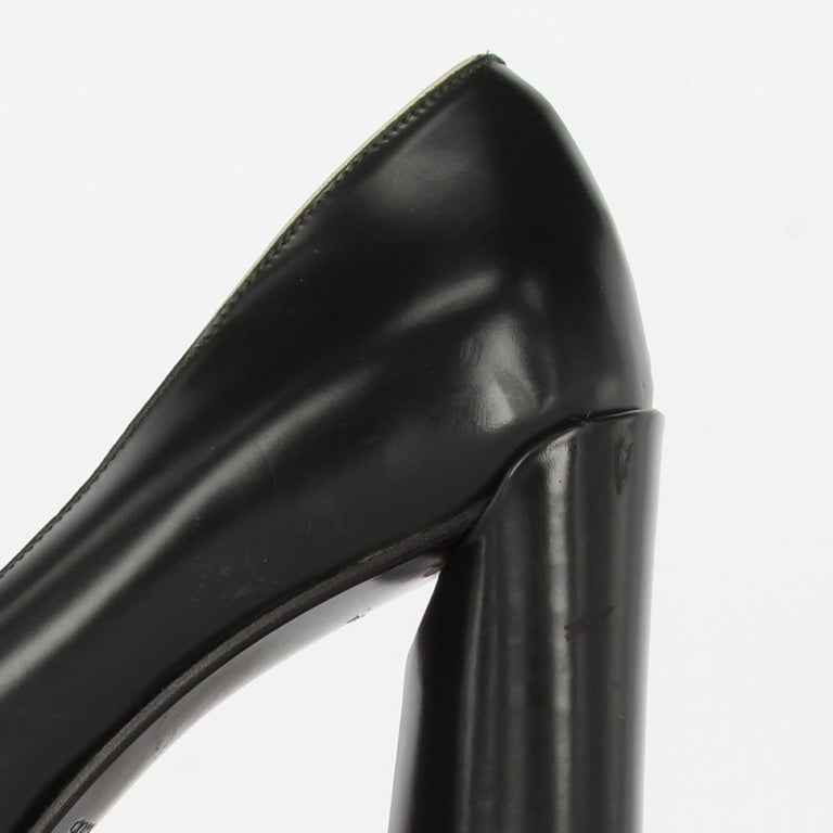 2010s Prada Black Leather Pumps For Sale 6