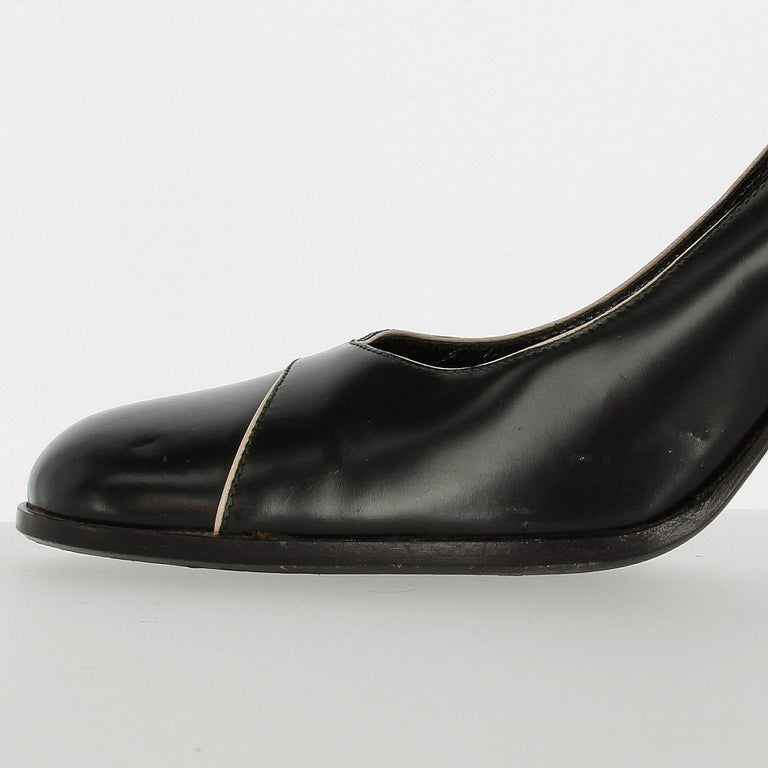 2010s Prada Black Leather Pumps For Sale 4