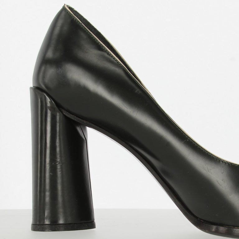 2010s Prada Black Leather Pumps For Sale 5