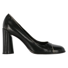 2010s Prada Black Leather Pumps