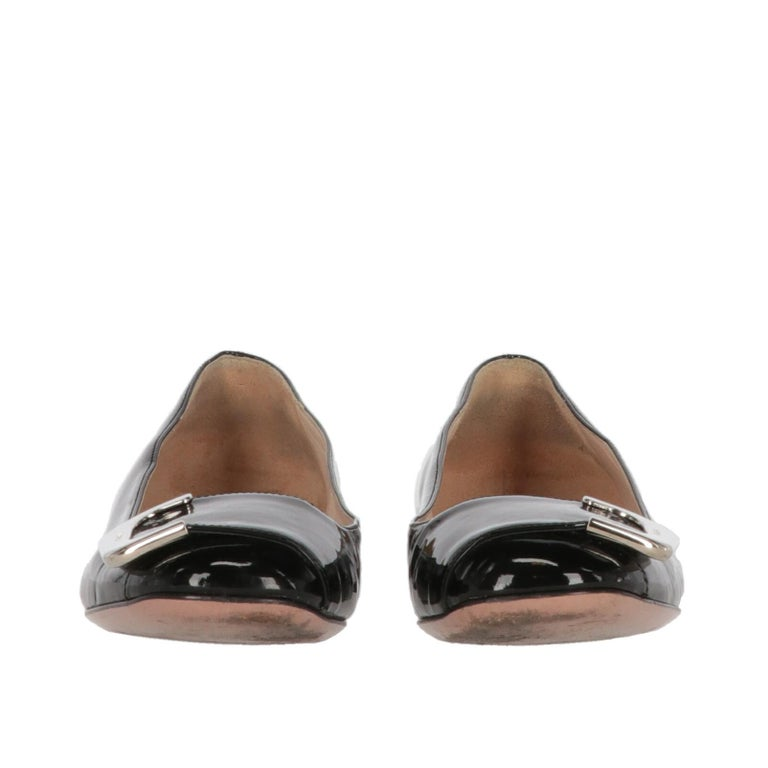 2010s Prada Black Patent Leather Ballet Flats In Good Condition For Sale In Lugo (RA), IT