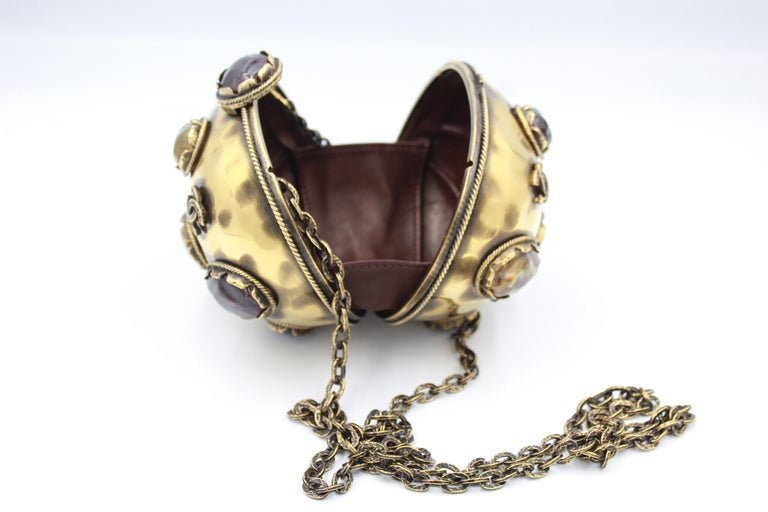 2011 Chanel Jewel Clutch from Paris - Byzance Metiers d'Art Collection For Sale 1