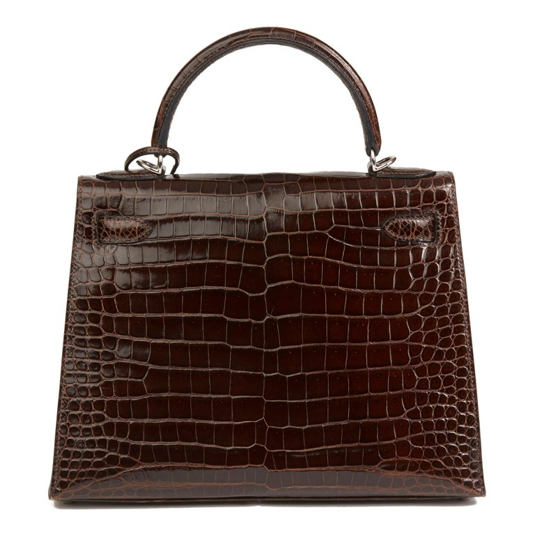 2011 Hermès  Chocolate Brown Shiny Porosus Crocodile Leather Kelly 28cm Sellier In Excellent Condition In Bishop's Stortford, Hertfordshire