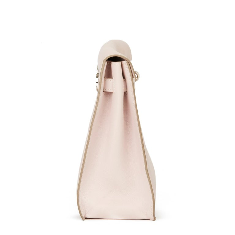 HERMÈS Rose Dragee Swift Leather Kelly Danse  Xupes Reference: HB3062 Serial Number: [O] Age (Circa): 2011 Accompanied By: Hermès Dust Bag, Box Authenticity Details: Date Stamp (Made in France) Gender: Ladies Type: Shoulder, Crossbody, Clutch,