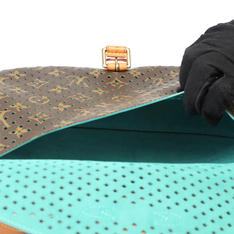 2011 Louis Vuitton Brown Perforated Monogram Canvas & Vachetta Teal Saumur 30 For Sale 8