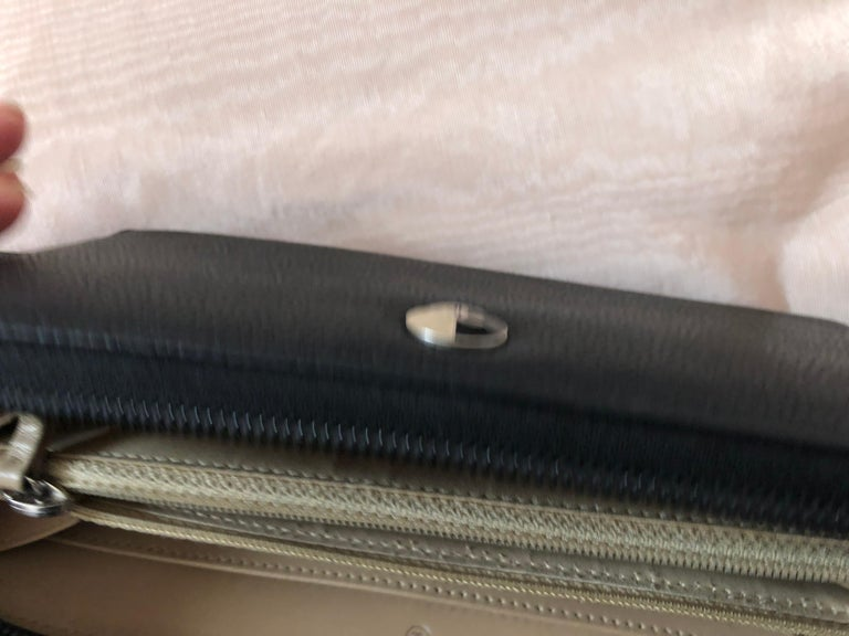 2012-13 CHANEL Black Caviar Skin Coco Long Wallet #17899191 In Excellent Condition For Sale In Port Hope, ON