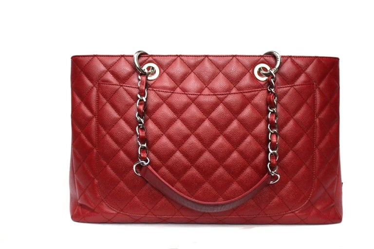 2012 Chanel Red Leather GST Bag In Excellent Condition For Sale In Torre Del Greco, IT