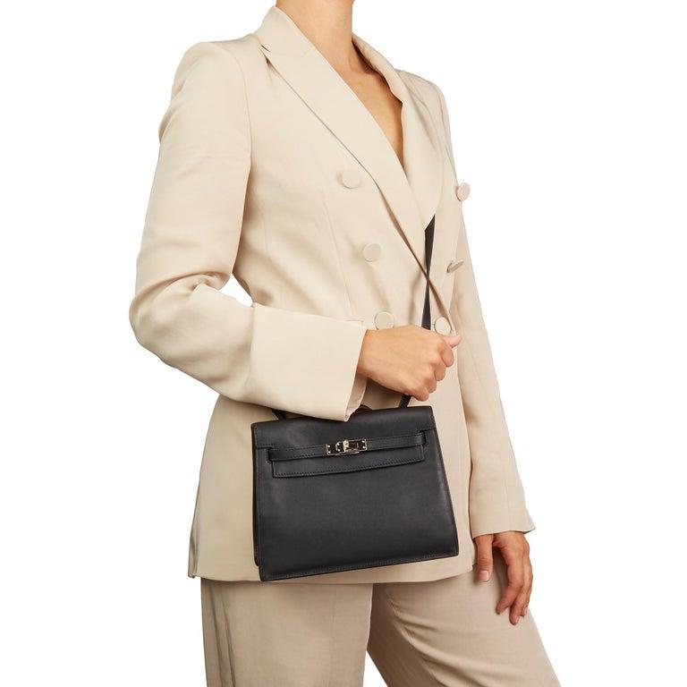 2012 Hermès Black Swift Leather Kelly Danse In Excellent Condition For Sale In Bishop's Stortford, Hertfordshire