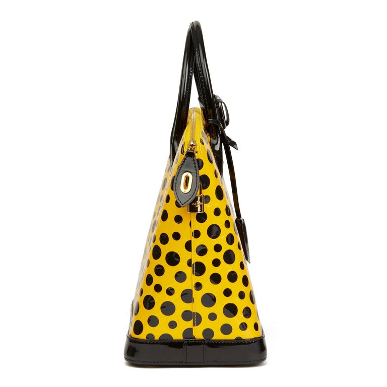 2012 Louis Vuitton Yellow Vernis Leather Dots Infinity Yayoi Kusama Lockit MM In Excellent Condition In Bishop's Stortford, Hertfordshire
