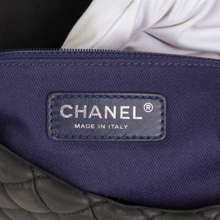 2013 Chanel Dark Grey Bubble Quilted Velvet Calfskin Small Bubble Flap Bag For Sale 4