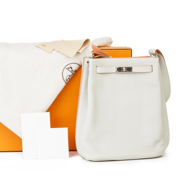 2013 Hermès Gris Perle & Crevette Clemence Leather Eclat So Kelly 22cm For Sale 8