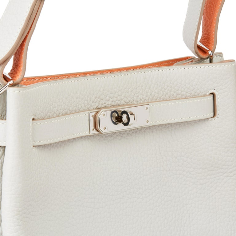 2013 Hermès Gris Perle & Crevette Clemence Leather Eclat So Kelly 22cm For Sale 3