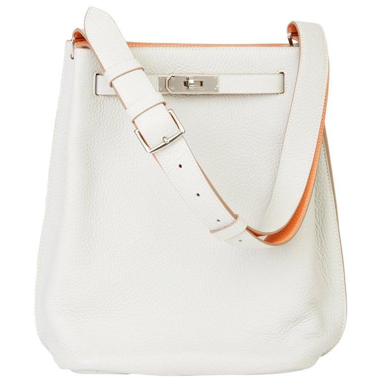 2013 Hermès Gris Perle & Crevette Clemence Leather Eclat So Kelly 22cm For Sale