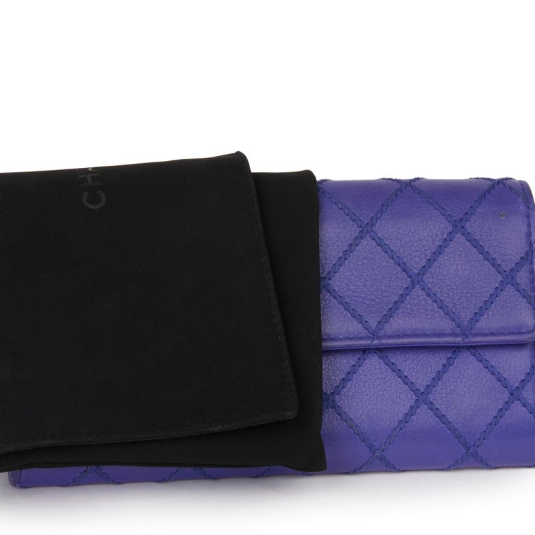 2014 Chanel Electric Blue Quilted Lambskin Wallet  For Sale 7