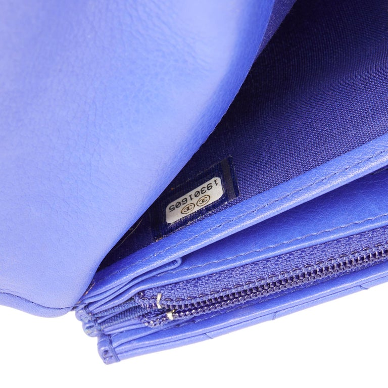 2014 Chanel Electric Blue Quilted Lambskin Wallet  For Sale 5