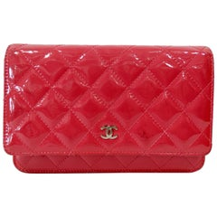 2014 Chanel Quilted Patent Leather Wallet Crossbody Bag