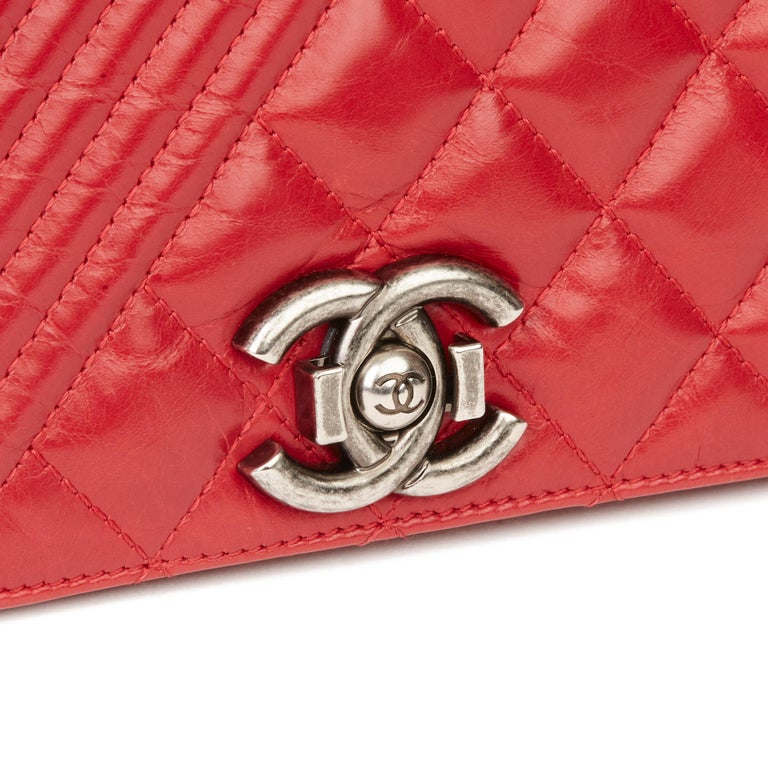 2014 Chanel Red Quilted Glazed Calfskin Leather Medium Coco Boy Flap Bag  For Sale 3