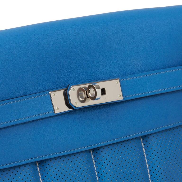 2014 Hermès Blue Paradis & Blue Saphir Perforated Swift Leather Berlin 28cm  For Sale 3