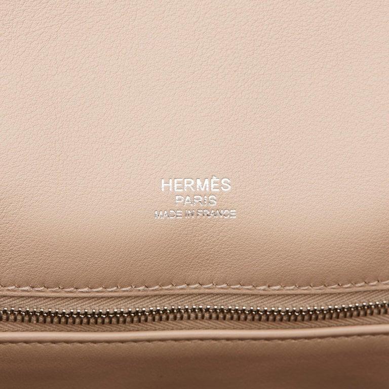 2014 Hermès Rose Sakura & Argile Perforated Swift Leather Berline For Sale 4