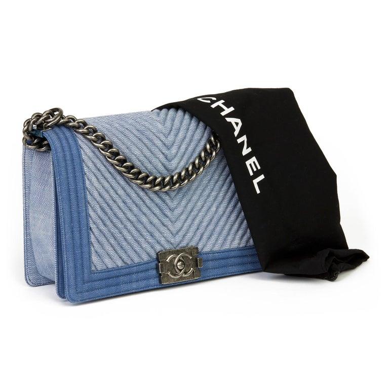 2015 Chanel Blue Chevron Quilted Denim New Medium Le Boy For Sale 6