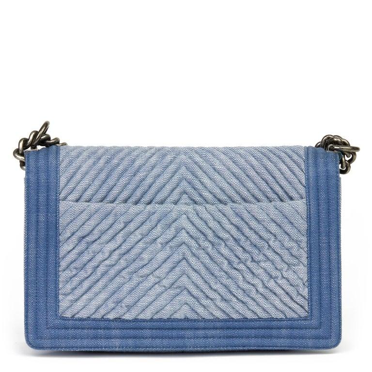 Women's 2015 Chanel Blue Chevron Quilted Denim New Medium Le Boy For Sale