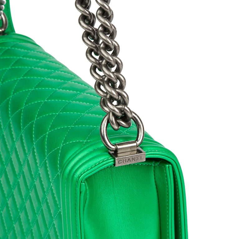 82931a6cb2f1ab 2015 Chanel Green Quilted Metallic Lambskin Leather New Medium Le Boy For  Sale 3