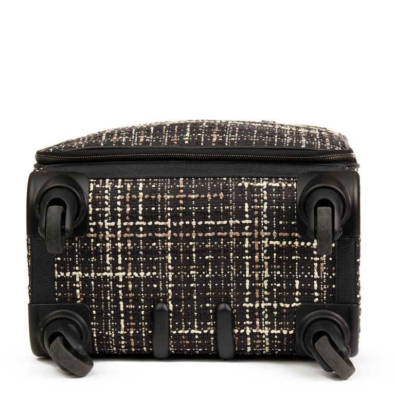 2016 Chanel Black Tweed & Caviar Leather Jacket Trolley Rolling Suitcase For Sale 1