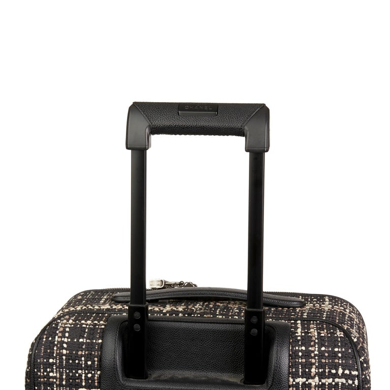 2016 Chanel Black Tweed & Caviar Leather Jacket Trolley Rolling Suitcase For Sale 5