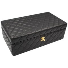 2016 Chanel Timeless Jewelry case in Black Leather