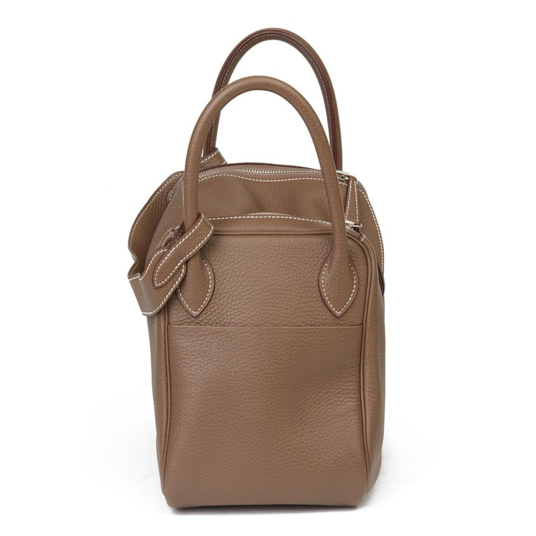 2016 Hermès Etoupe Clemence Leather Lindy 30cm In Excellent Condition For Sale In Bishop's Stortford, Hertfordshire