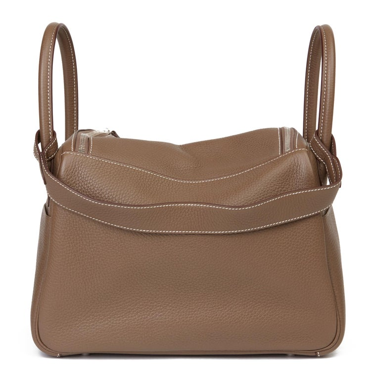 2016 Hermès Etoupe Clemence Leather Lindy 30cm For Sale 1