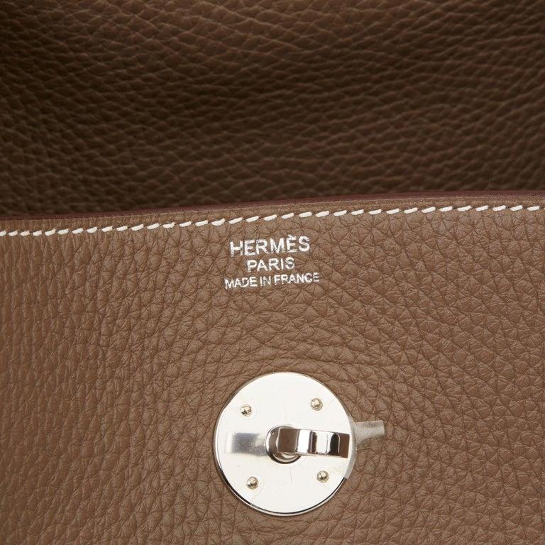 2016 Hermès Etoupe Clemence Leather Lindy 30cm For Sale 5