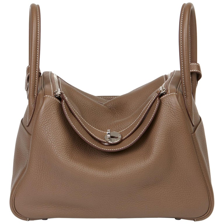 2016 Hermès Etoupe Clemence Leather Lindy 30cm For Sale